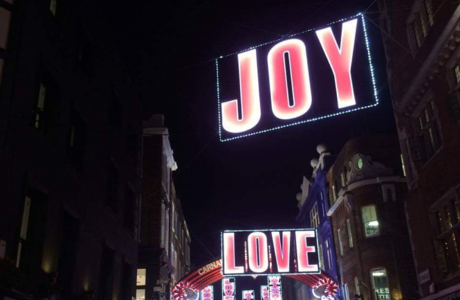 Hannah Jayne Christmas Decorations